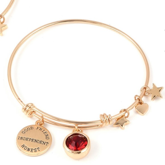 Jewelry - Charm bangle bracelet January/Garnet